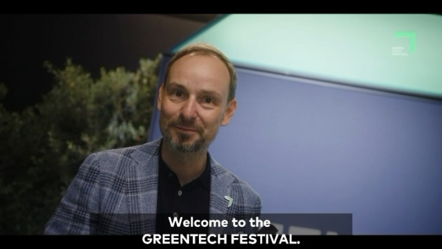 Yeah! This was our GREENTECH FESTIVAL 2020!🤗Although it has been a tough year for everyone, we look back happily and proudly on what we have achieved together with you – our amazing GTF community and our great partners.💚This year, with Kraftwerk Berlin we found an exceptional location where everyone felt happy despite hygiene regulations and minimum distances.😷With inspiring speakers at our GTF CONFERENCE, more than 70 exhibitors presenting their green ideas and our GREEN AWARDS celebrating the most innovative projects and minds. Together we rocked it and have created our first hybrid event.🙌🏻Tap the link in our bio to watch the full video with a few highlights of our 3-day festival. We couldn't be more excited for 2021! Are you with us?PS: You couldn't be there or digitally missed something from the festival? We have summarized all the program points in our GTF-youtube channel. Take a look and give us a few thumbs up.😉👍🏻#greentechfestival #greentech #highlights #greenawards #conference #exhibition #concert #innovation #berlin #events #green #sustainable #sustainabilitymatters #savetheplanet #celebratechange #greentechfestival2020